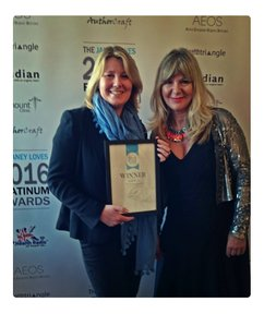 Tania Wedin being presented with the Janey Loves Winner's Award for Best Natural Sunscreen 2016